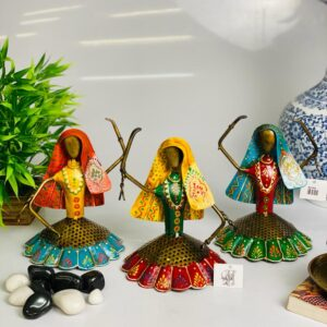 Hand curated Ghoomar dolls all the way from the land of Rajputs